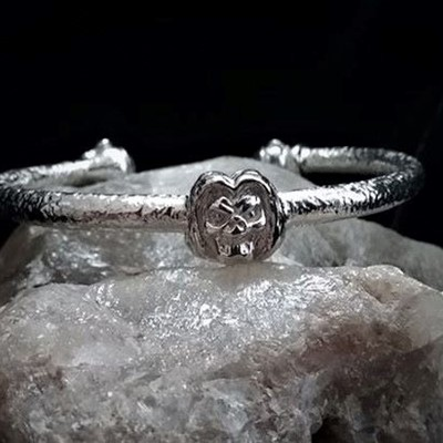 custom rock bangle